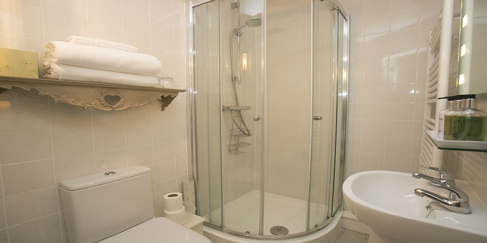 The En-suite Shower Room in the Crab Apple Room