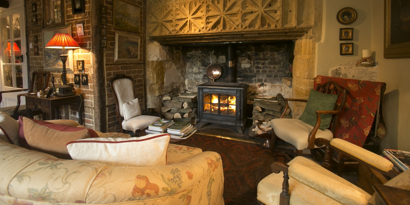 Guest lounge at Tudor Cottage Bed and Breakfast Dorchester